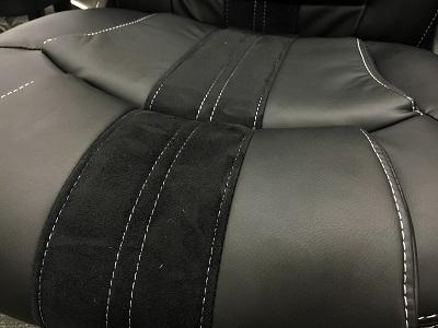 カーシートのデザインを取り入れていて、デザイン性も機能性も抜群です。